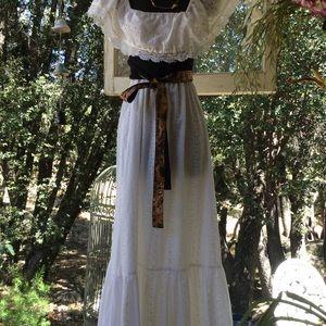 Vintage Hippie Flower Child Eyelet Ruffle Gown M